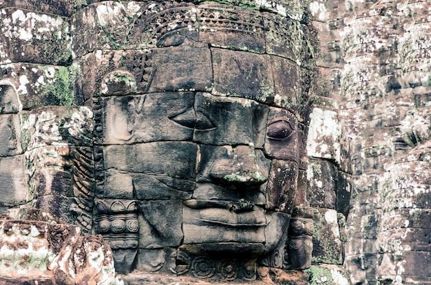 Faces do templo de bayon
