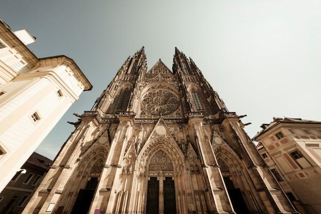Fachada da catedral de são vito (catedral católica romana).