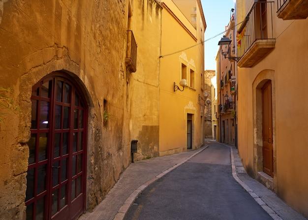 Fachadas antigas de tarragona na catalunha