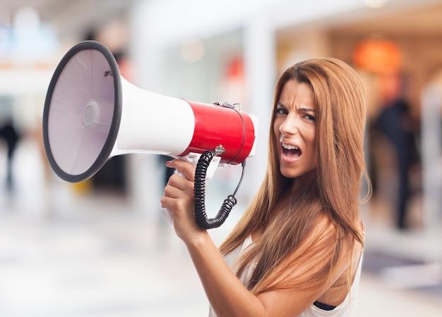 Falando alto-falante mensagem de comunicação queixa