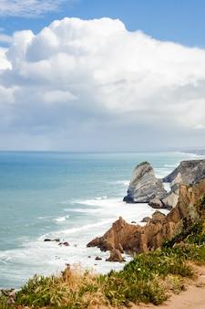Falésias do cabo da roca em portugal