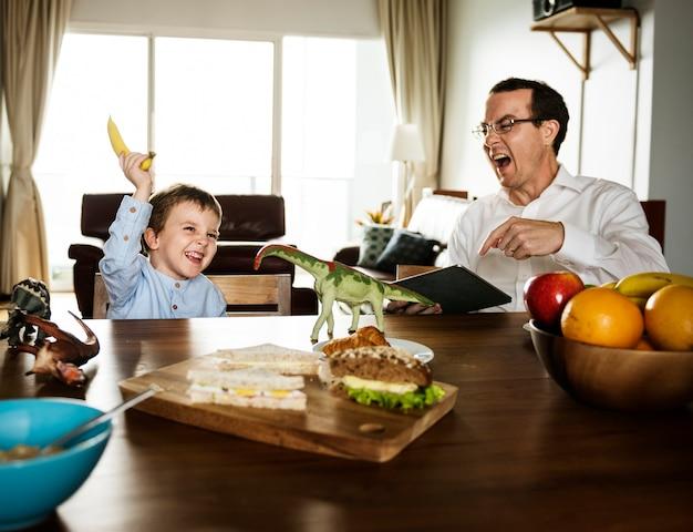 Família, comendo desjejum, junto, manhã