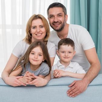 Família em casa