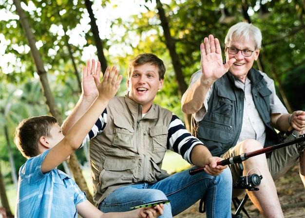 Família, fazendo, alto, cinco, enquanto, pesca