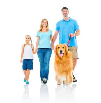 Família feliz, com, um, cão