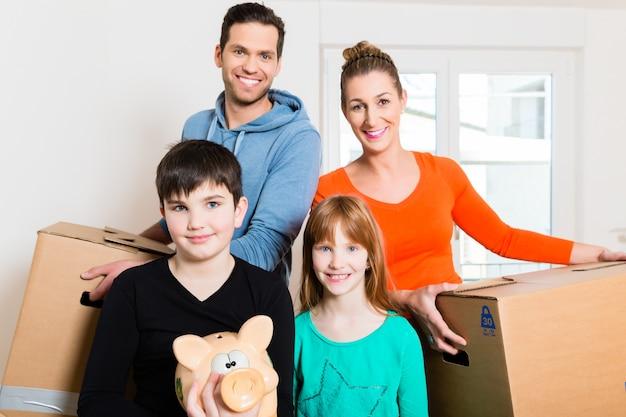Família se mudando para nova casa