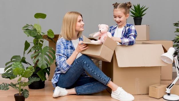 Família se mudar para uma casa nova