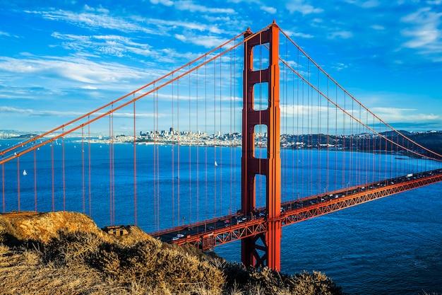 Famosa golden gate bridge, são francisco, eua