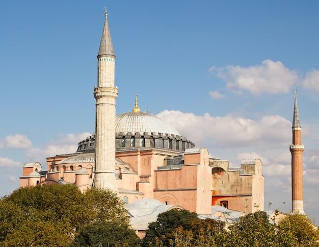 Famosa histórica catedral cristã ortodoxa de hagia sophia