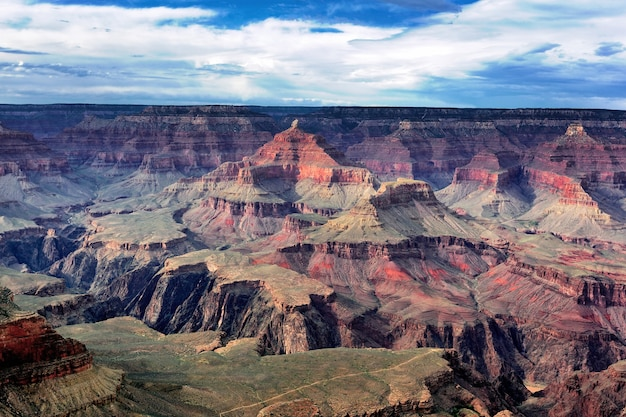 Famosa vista horizontal do grand canyon, arizona, eua