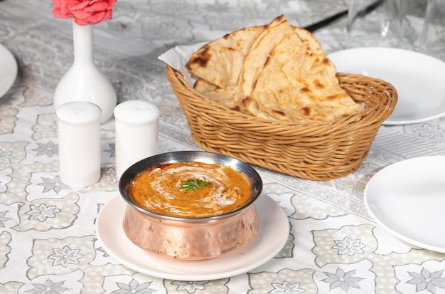 Famoso curry indiano dal makhani