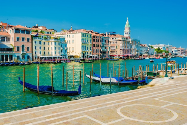 Famoso grande canal de veneza