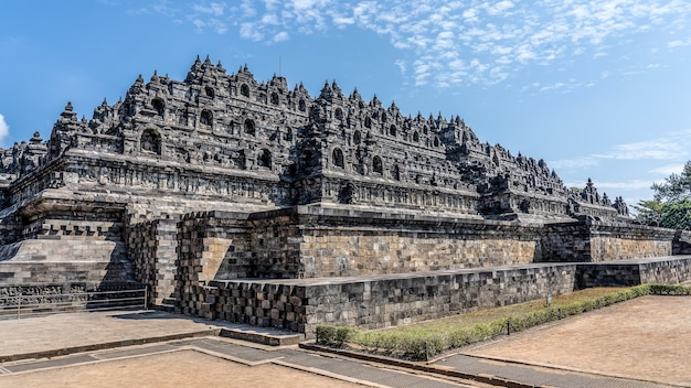 Famoso templo borobudur em mungkid, indonésia
