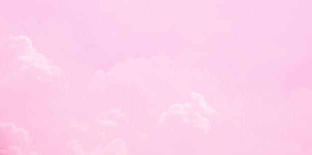 Fantasia e vintage nuvem dinâmica e céu com textura grunge para plano de fundo