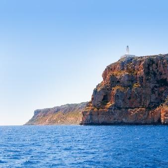 Farol de formentera faro de la mola vista para o mar