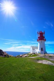 Farol de lindesnes mundialmente famoso no sul da noruega