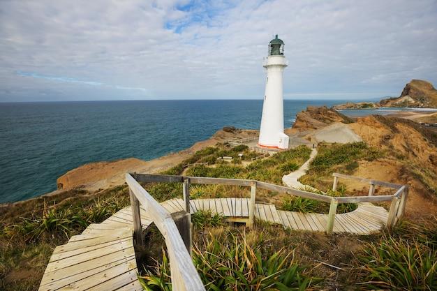 Farol na costa do pacífico, nova zelândia
