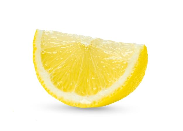 Fatia de limão cítrico isolado