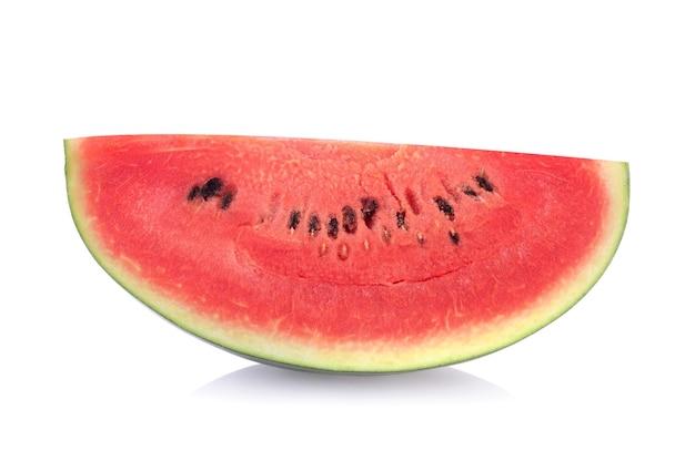 Fatia de melancia em fundo branco