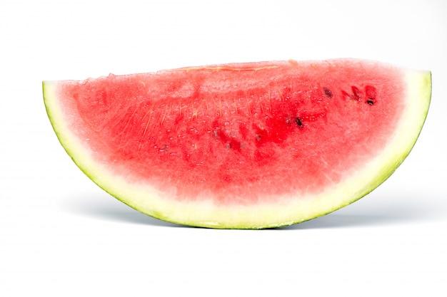 Fatia de melancia em um fundo branco