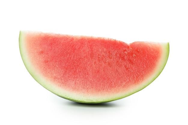 Fatia de melancia suculenta isolada no fundo branco