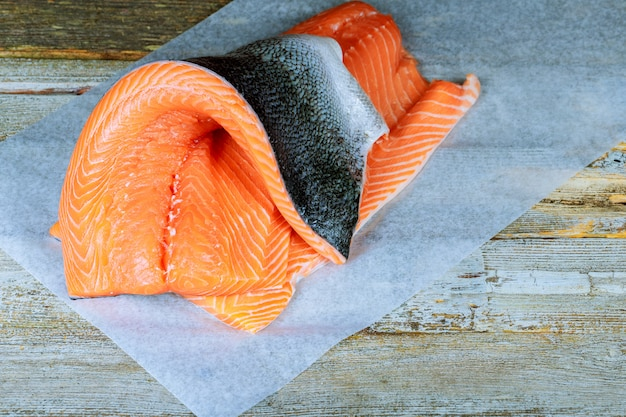 Fatiado, cru, não, cozinhado, salmão, peixe vermelho, mentindo, em, a, contador