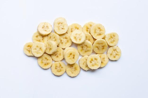 Fatias de banana em branco