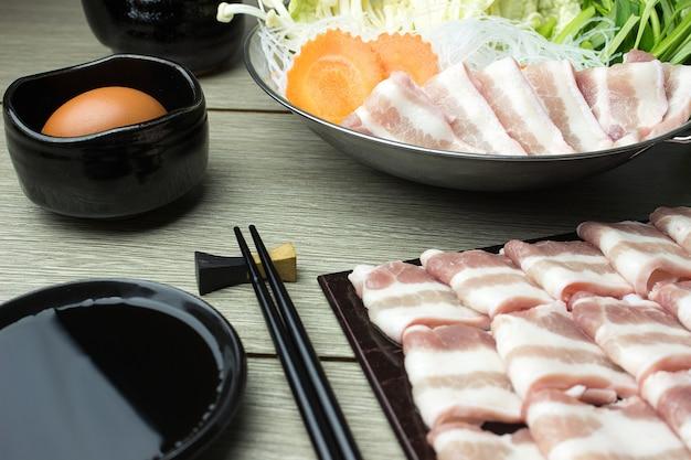 Fatias de carne de porco