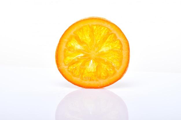 Fatias laranjas secas ou tangerinas. vegetarianismo e alimentação saudável