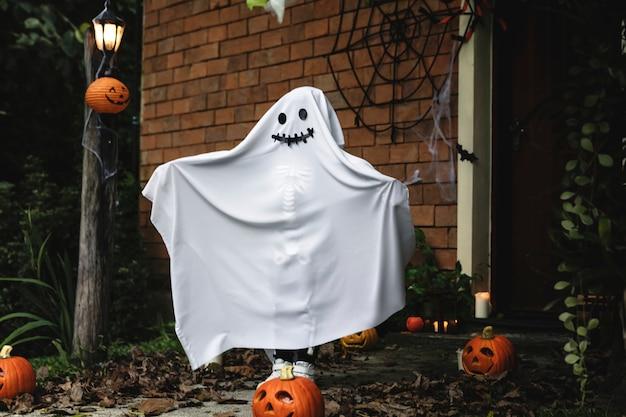 Fato de fantasma para festa de halloween