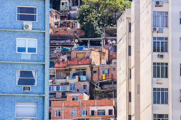Favela em copacabana babylon