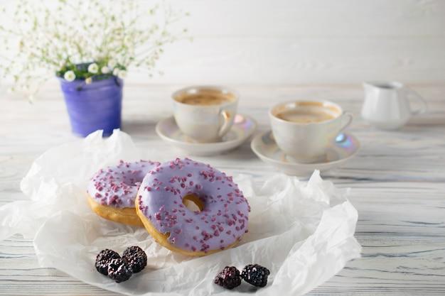 Faz recentemente donuts de mirtilo