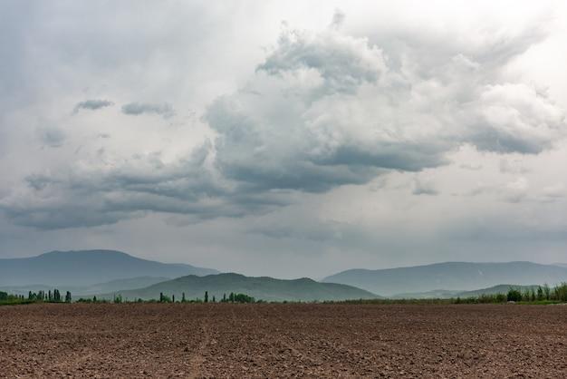 Fazendas aradas, campos aráveis