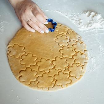 Fazendo biscoitos em casa
