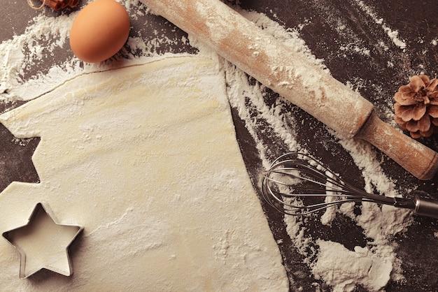 Fazendo biscoitos para festa de natal