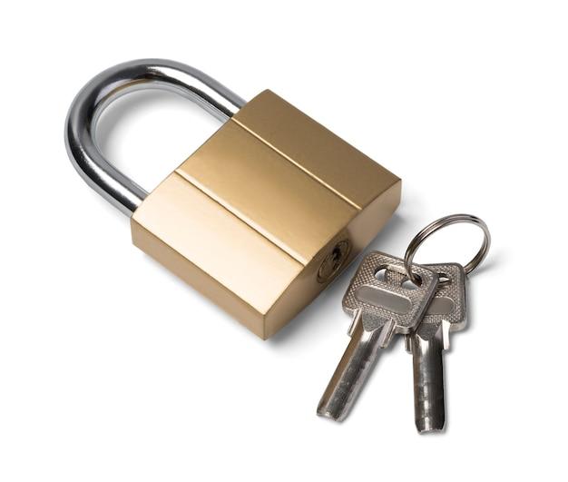 Fechadura e chave isoladas