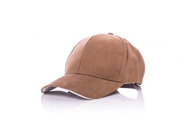 Feche acima do chapéu de basebol marrom novo.