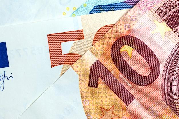 Feche acima do euro- dinheiro colorido. fundo de dinheiro do euro.