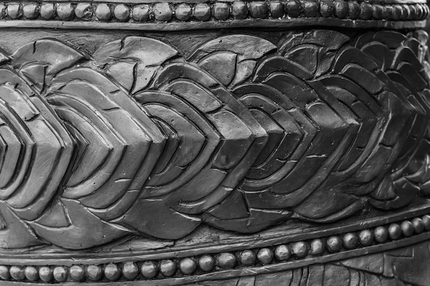 Feche o exterior da arquitetura de padrão tailandês para o templo do budismo
