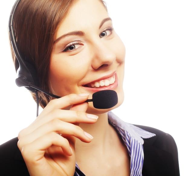 Feche o retrato de uma funcionária do atendimento ao cliente