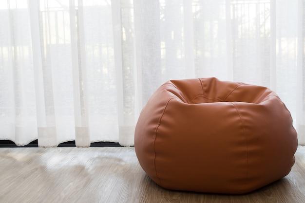 Feijão de sofá na sala de estar