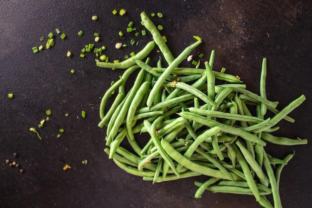 Feijão verde fresco produto orgânico refeição lanche na mesa cópia espaço comida fundo vegetal rústico