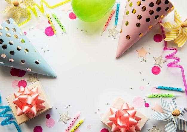 Feliz aniversário ou fundo da festa