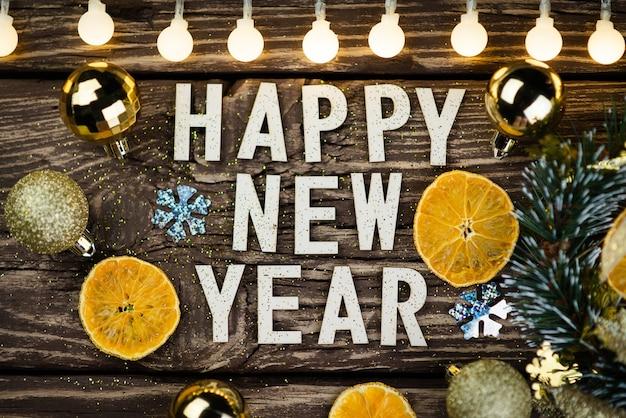 Feliz ano novo 2021 em fundo de madeira