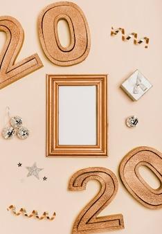 Feliz ano novo com números sépia 2020
