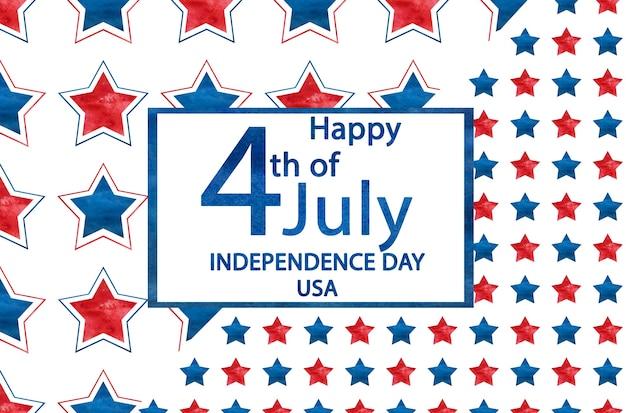 Feliz dia da independência. envelope postal pintado com as cores nacionais da bandeira americana. conceito de férias. close up, vista superior, textura. parabéns para família, parentes, amigos e colegas