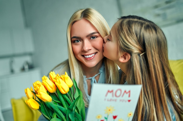 Feliz dia das mães.