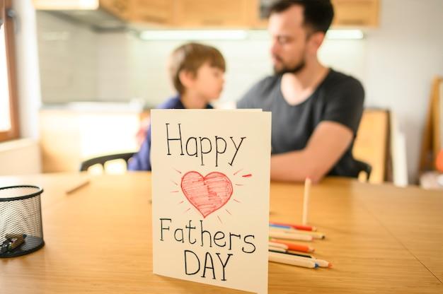 Feliz dia dos pais cartão
