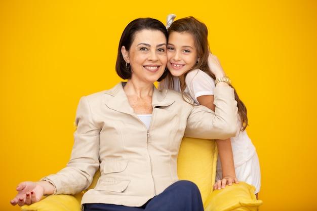 Feliz, mãe filha