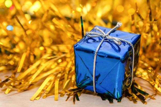 Feliz natal e feliz ano novo cartão. close-up, de, decorado, caixa presente
